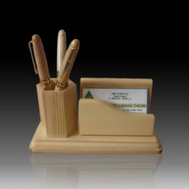 Để bàn gỗ VHV_DBG4