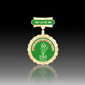huy chương câu lạc bộ 200